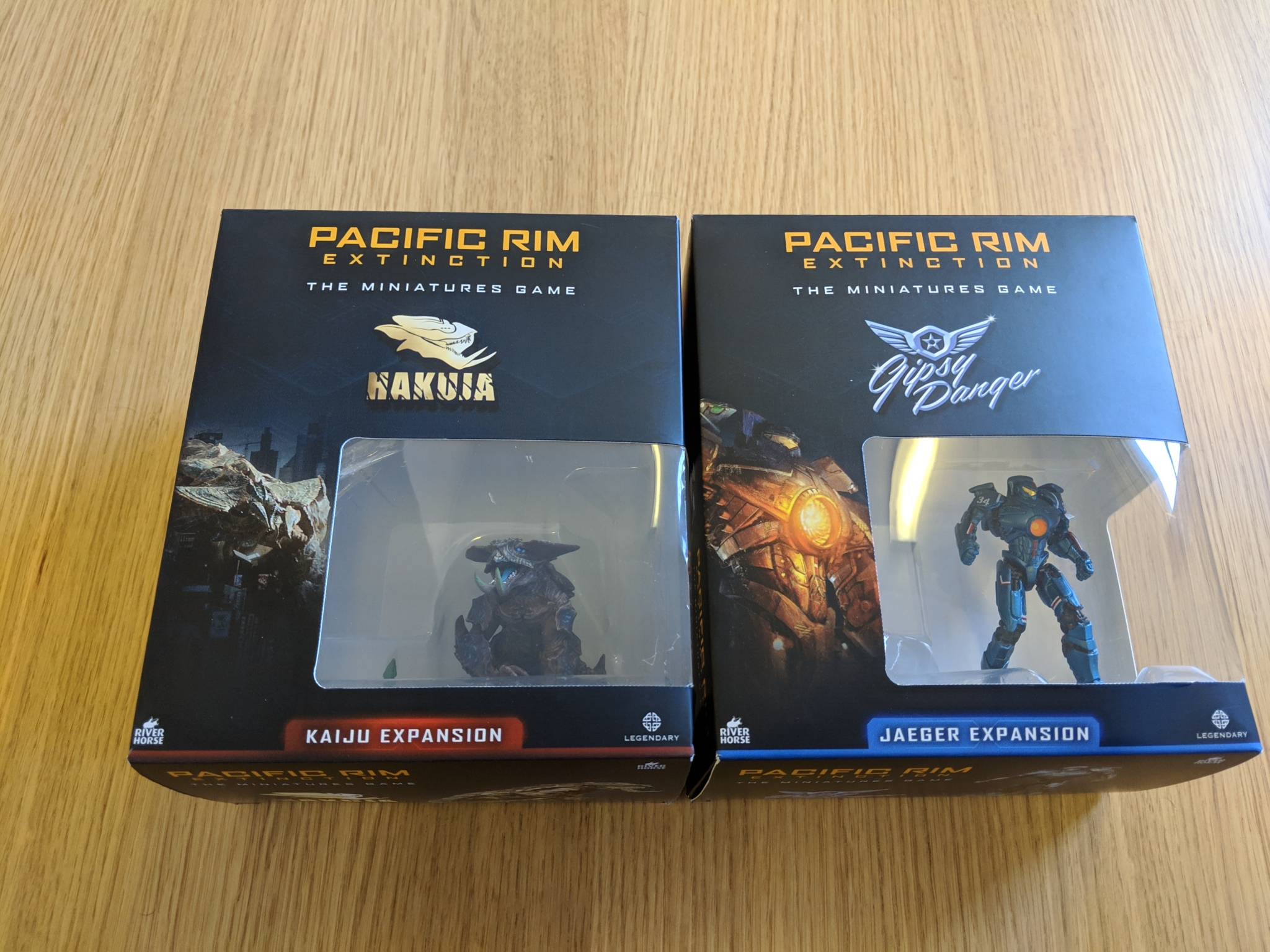 Pacific Rim: Extinction - Expansion Box Samples